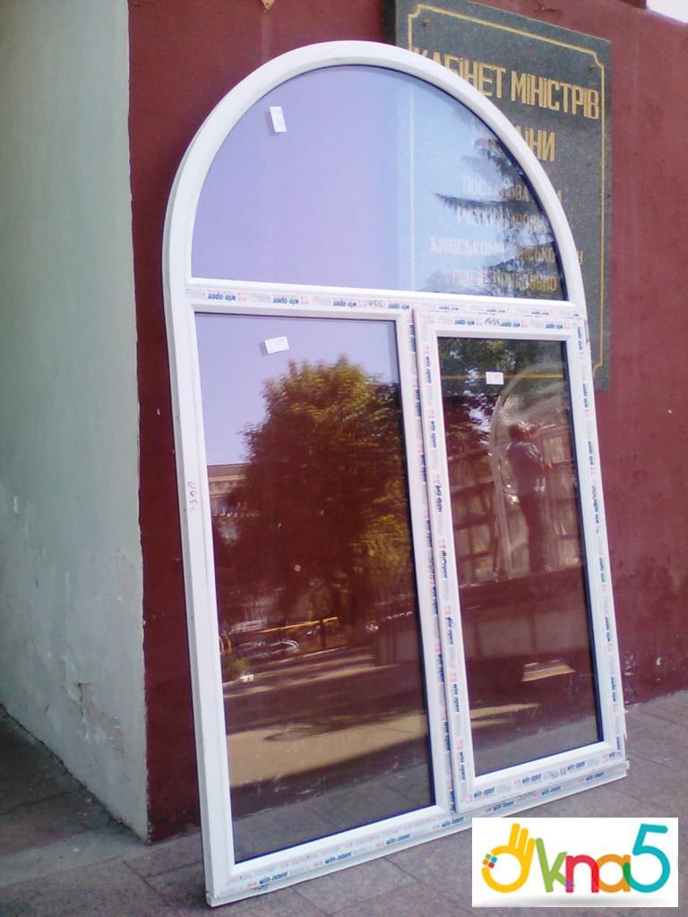 Арочные пластиковые окна – это хороший способ преобразить здание