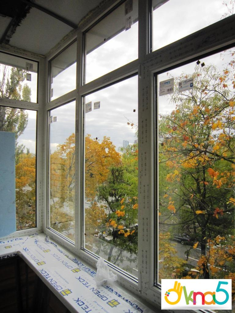 """Застеклить балкон быстро и с гарантией поможет окна 5 """" """"с-н."""