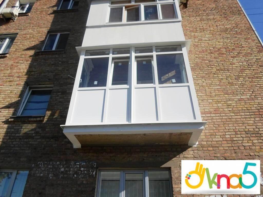 Эффектный французский балкон: цена на популярное обустройств.