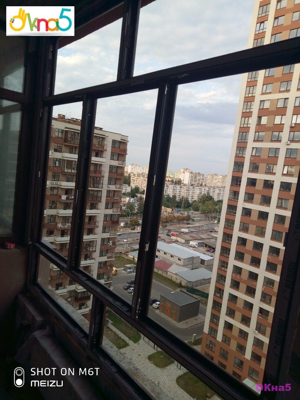 Ламинированный балкон в ЖК Варшавский Квартал - монтаж бригады №4