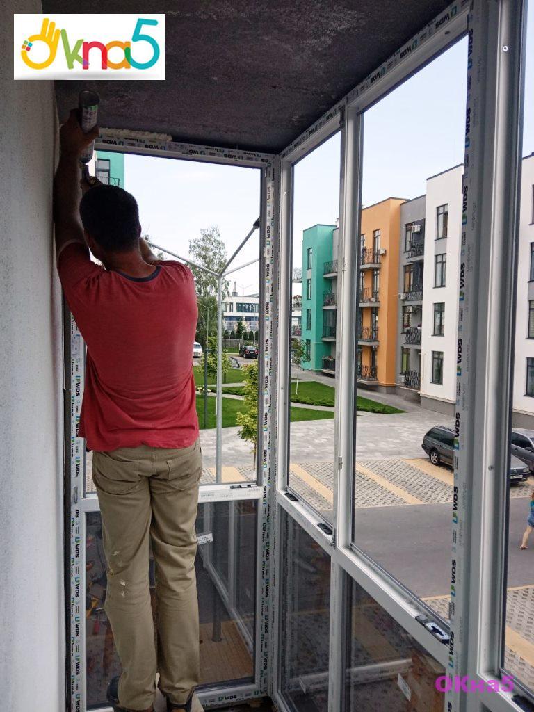 Остекление балконов ЖК Европейка - бригадой 8