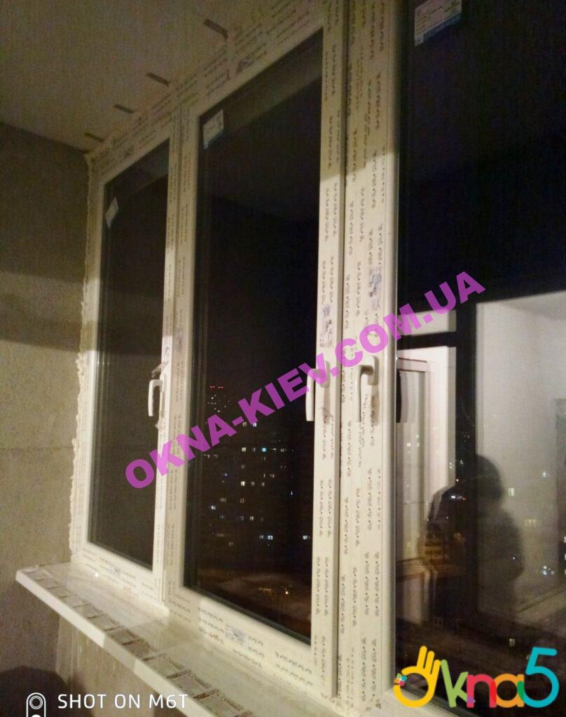 Остекление лоджии окнами Рехау в Киеве фото работы 4 бригады